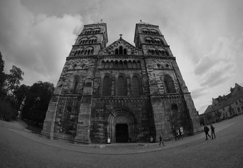 The Pope's palace • #insta #instagram #dslr #vsco #vscocam #vscoeurope #canon #black #blackandwhite #project #lund #lundabo #domkyrkan #hallalund #swedish #ig_sweden #sverige #dslr