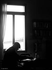 Good or bad news? (Ren Mollet) Tags: coffee new newspapier news silhouette shadowland italy coffeeshop blackandwhite bw monochrom street streetphotography renmollet indoor windows