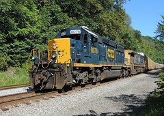 The way it should be (Trains & Trails) Tags: diesel pennsylvania engine transportation locomotive broadford csx fayettecounty htm emd sd402 newlogo 8076 darkfuture yn3 standardcab q27722