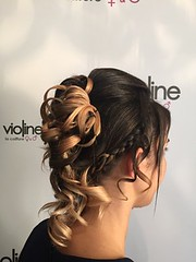 "coiffure • <a style=""font-size:0.8em;"" href=""http://www.flickr.com/photos/115094117@N03/21659401573/"" target=""_blank"">View on Flickr</a>"