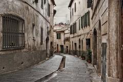 Asciano (bellinipaolo31) Tags: italia toscana borgo asciano paese borgomedioevale fc03911