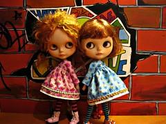 dos nenas........