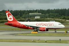 OE-LNE (IndiaEcho) Tags: berlin canon eos airport sweden stockholm aircraft aviation air aeroplane civil airbus essa airliner airfield arlanda a319 arn lauda 1000d oelne