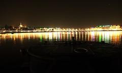 Jet d'Eau (Simone R) Tags: geneva switzerland olampus night lake light jetdeau reflection mood water waterscape