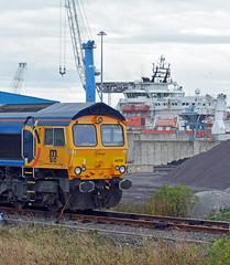 66709 at Battleship Wharf, North Blyth Dock (robmcrorie) Tags: 66709 battleship wharf north blyth dock northumberland train rail freight gbrf class 66 coal