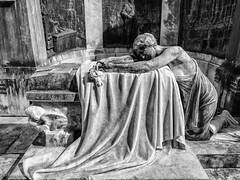 Buenos Aires-2 (Faren Matern) Tags: buenosaires cementeriodelarecoleta lightroom6 olympusomdem10mkii silverefexpro2