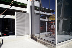 (themodulorman) Tags: towera 30hudsonyards 30hy hudsonyards newyorkcity newyork nyc architecture building construction glass metal aluminum steel stainlesssteel curtainwall louver