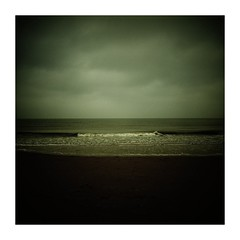 ..... (seba0815) Tags: ricohgrdiv grdiv bleachbypass warm light water sea seaview darkphotography dark daylight contrast waves clouds vignette beach melancholy mood color square vacation northholland northsea nature outdoor seba0815 minimal landscape