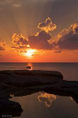 Wolkenpfützenspiegelung (leaving-the-moon) Tags: 201609 cloud clouds colors farbe goodlight gozo himmel maltagozo sky sonnenuntergang sun sundown wolken xlendi xlendibay