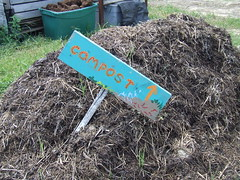 Compost pile (msuanrc) Tags: smartgardening composting recyclegardenandyardwaste gardening improvingtilth increasingwaterretention