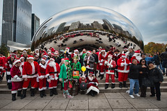 DSC_0980 (critter) Tags: santacon2016 santacon santa bean cloudgate millenniumpark christmas pubcrawl caroling chicago chicagosantacon artinstituteofchicago