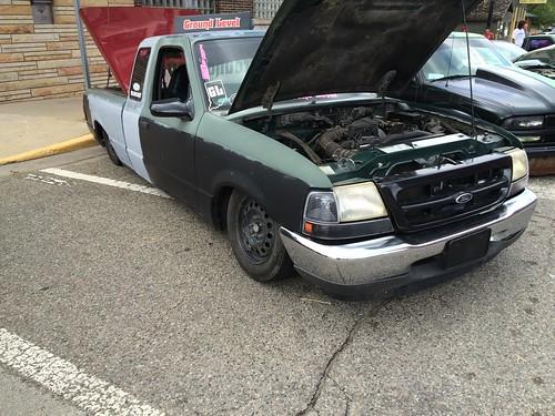 Slammed 1999 Ford Ranger Truck