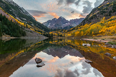 Maroon Bells after Sunset (USpecks_Photography) Tags: autumn sunset reflection fall clouds rockies colorado fallcolors rockymountains aspen maroonbells maroonlake ostrellina