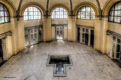 Heilsttten Beelitz 2 (Michis Bilder) Tags: urbanexploration hdr hdri urbex badehaus lostplace beelitz heilsttten