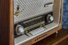 Analog (Explore 2016-11-13) (nillamaria) Tags: fotosondag fs161113 analog analogous radio retro
