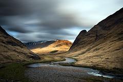 Glen Etive (Tony N.) Tags: uk longexposure light mountains water clouds river pose scotland highlands eau europe lumire ngc rivire glen nuages vanguard montagnes etive glenetive longue poselongue d810 tonyn nikkor1635f4 tonynunkovics