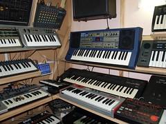 LP158671 (LoxPix2) Tags: boss music studio guitar fender synth roland korg yamaha emu gibson akai novation alesis kawai maudio behringer kurzweil teisco ensoniq tapco rogerlinn loxpix