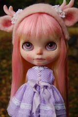 DSC_0124 (Lindy Dolldreams) Tags: blythedoll strawberrie sweetcrate deer lindydolldreams girl pink