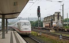 Bielefeld: ICE 2 arriving (Wulfruna Kid) Tags: deutschebahn ice2 class402 bielefeld 2016