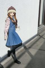 Sunbathing (Ninotpetrificat) Tags: sunbathing dollfiedream dollfie volks doll dd yukino puppe punto crochet japantoys japandoll muñeca toys denim gorrodelana kawaii cute hobby handmade