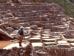 mountain saltmine in per (jijiroto) Tags: salt person wow paysage water mountain per sacredvalley travel people