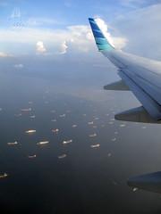 Kapal Laut dan Kapal Terbang (anggocc201) Tags: pesawatterbang aviation aviasi transportasi airplane aircraft ship laut kapal