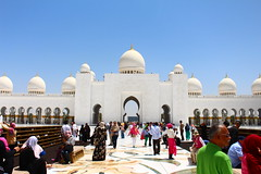 Abu Dhabi (Jake.Woodier) Tags: sheikh zayed grand mosque abudhabi abu dhabi uae emirates colour color canon eos digital photography people travel middleeast backpacking traveller white culture sunshine building religion religious tourism