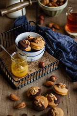IMG_3912_exp-2 (Helena / Rico sin Azcar) Tags: galletas cookies nueces nuts walnut naranja orange almendra almond chocolate vanilla vainilla mantequilla butter dessert food christmas