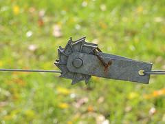 Come Along (Jayhawk Explorer) Tags: ipiccy bokeh closeup metal fence dof wire mcallistercoveredbridge parkecounty indiana in roadtrip coveredbridgeexcursion bokehwednesdays green light