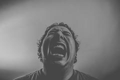 Retrato (MaloMalverde) Tags: life portrait man loss méxico pain fat teeth autoretrato anger gums vida latin latino suffering fotógrafo hombre dolor gordo abuse diente dientes maltrato perdida sufrimiento enojo sufrir malverde encias