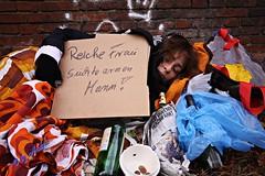 Shoot (fotoandy69) Tags: poverty blackandwhite woman shot arm outdoor homeless poor skulptur beggar hunger hungry frau photographing reich penner personen schnappschuss armut aufnahme bettler obdachlos obdachlose bettlerin schwarzweis strase ablichtung street