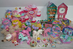 Flea Market Finds Oct 4th, 2015 (Chani-Chan) Tags: park light horse baby moon castle yard vintage silver toys star hotel amusement seaside rainbow pretty paradise glow lulu little market sweet sale families cottage grand pixie diamond plush collection potato doodle pony thrift pineapple 80s figure polly chip g1 lightup sailor minty pocket flea g3 wonderland teeny gusty finds 90s sundae genie mlp peachy brite primrose popples weeny princesss locket strollin ponyville kissntell lillebi daisyjo