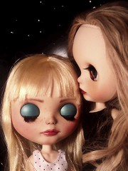 Blythe-a-Day October#7 Are You Alone in the House: Luna Is Inspired by Alexandrina