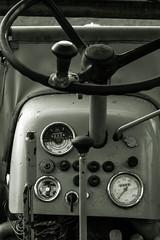 Kramer Traktor (ShimmyGraphy) Tags: old bw white tractor black wheel vintage germany de deutschland traktor alt instrument alb grün kramer schwarz lenkrad badenwürttemberg swabian schwäbische weis gh4 gomaringen amatur shimmygraphy