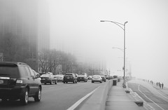 foggy lake shore drive (Brennan Anderson) Tags: urban blackandwhite bw chicago fog canon december streetphotography chitown 85l 85mmf12lii 5d3 5dmarkiii