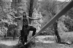 (Perret pierre/ zounix / eye in motion) Tags: white mountain black monochrome nikon noir noiretblanc walk memories melody dxo balance slack blanc d90