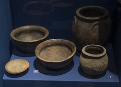 Impasto bowls and jars from Tomb 8 at Via Madonna delle Grazie, Stabiae (diffendale) Tags: 6thcbce archaic necropolidiviamadonnadellegrazie castellammaredistabia antiquarium orientalizing museum museo museu muse   mze artifact display exhibit  ancient antico antique archaeological archeologico indigenous opico opici sarrasti tomb tomba grave burial human necropolis cemetery tombe tombeau spulture grab tumba sepultura pleiades:findspot=433128 campania