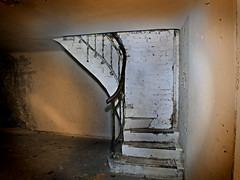 DSCF7630 (superhotze) Tags: lostplace beelitzheilsttten keller treppe abandoned stair wall cellar