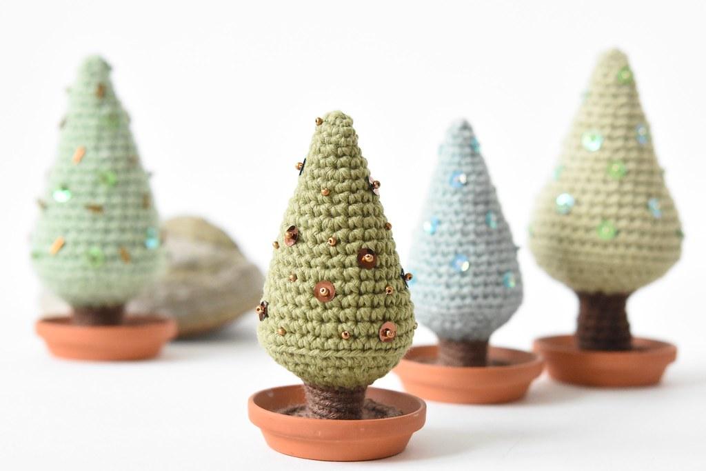 Amigurumi Christmas Tree Patterns : The Worlds Best Photos of amigurumi and christmas ...