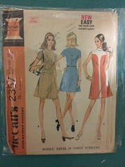 McCall's 2357 (kittee) Tags: vintagesewing vintagepattern 2357 mccalls2357 mccalls dress mod princessseams buttons raisedcollar belt size10 bust3212 1970 minidress shortsleeves sleeveless kittee colorpiecing 1970s