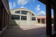 Patio, Bourse du travail (1936), Bordeaux (33) (Yvette Gauthier) Tags: patio bordeaux gironde 33 aquitaine architecture artdco boursedutravail jacquesdwelles