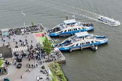 Bij de pont. (parnas) Tags: amsterdam noord buiksloterweg pont nederland ij