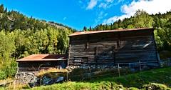 Skore Bygland Setesdal 170916 (3) (Geir Daasvatn) Tags: oncewashome skore bygland oldfarm setesdal abandoned