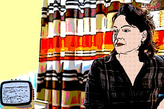 Marieke (glukorizon) Tags: 52weeksof2016 colourchange curtain fotofestivalschiedam franzsfavorites gordijn hss kleurverandering kunstenaar portrait portret postmodernartist roylichtenstein sliderssunday televisie television vrouw woman