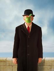 Son of Apple (Repp1) Tags: renmagritte magritte sonofman sonofapple pastiche painting peinture apple pomme mac selfie