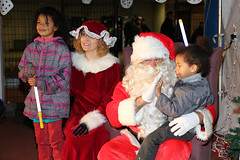 2016 Christmas Around the World Event (U.S. Army Garrison Japan) Tags: campzama usagjapan usagj usarj icorps forward soldier servicemember spouse familymembers civilians sagamiharafamilyhousingareachilddevelopmentcenters campzamachilddevelopmentcenters children kids youth zamaamericanhighschool parents food iceskating prizes