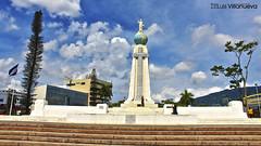 Plaza Salvador del Mundo (Luiz Villanueva) Tags: elsalvador sansalvador imagesofelsalvador salvadordelmundo elsalvadorimpresionante