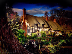 Anne Hathaway's Cottage (Paul Hatfield - HDR iPhotography) Tags: uk greatbritain england tourism beautiful holidays pretty shakespeare icon tourists destination thatch hdr warwickshire hathaway stratforduponavon thatched lateafternoon annehathaway cottagegarden annehathawayscottage englishcottage shottery shakespearesbirthday placestovisit iconicbuilding visitengland shakespearebirthplacetrust annehathaways shakespeare400