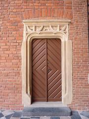 Krakov, univerzita (72) (ladabar) Tags: doorway portal kraków cracow cracovia krakau krakov dveře portál