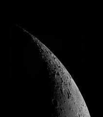 The North of the crescent Moon  2100mm fl (cosmictourist67) Tags: colors stars telescope astrophotography astronomy universe stern farben teleskop astronomie universum astrofotografie